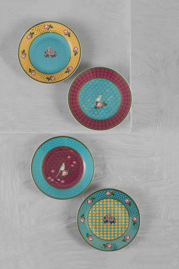 Set of 4- Serai Tea Plates
