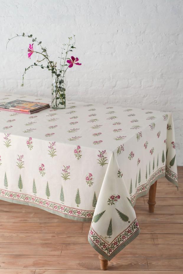 Bagh E Ferdaus Cambric Table Cloth