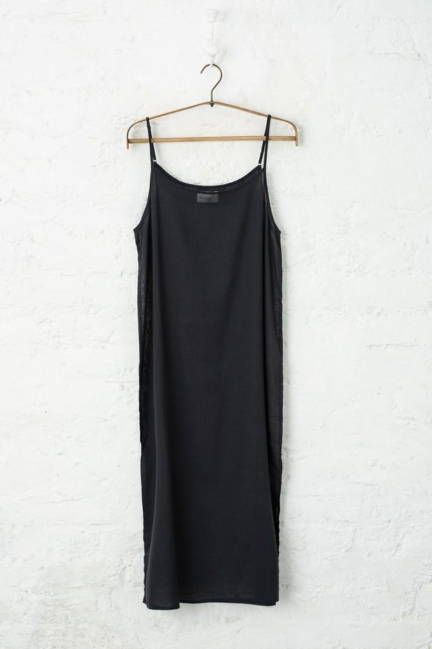 Rozana Cotton Slip (Black)