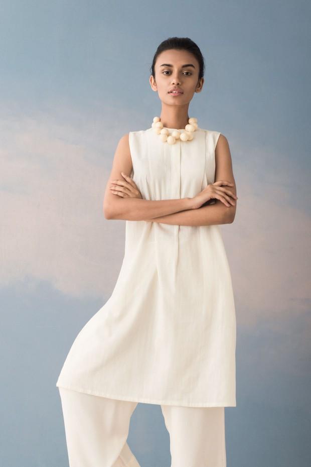 Rozana Fariha Cotton Tunic (White)