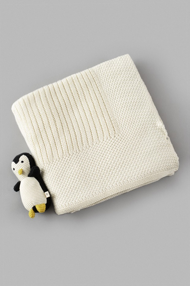 Knit Cotton Blanket with Penguin Toy