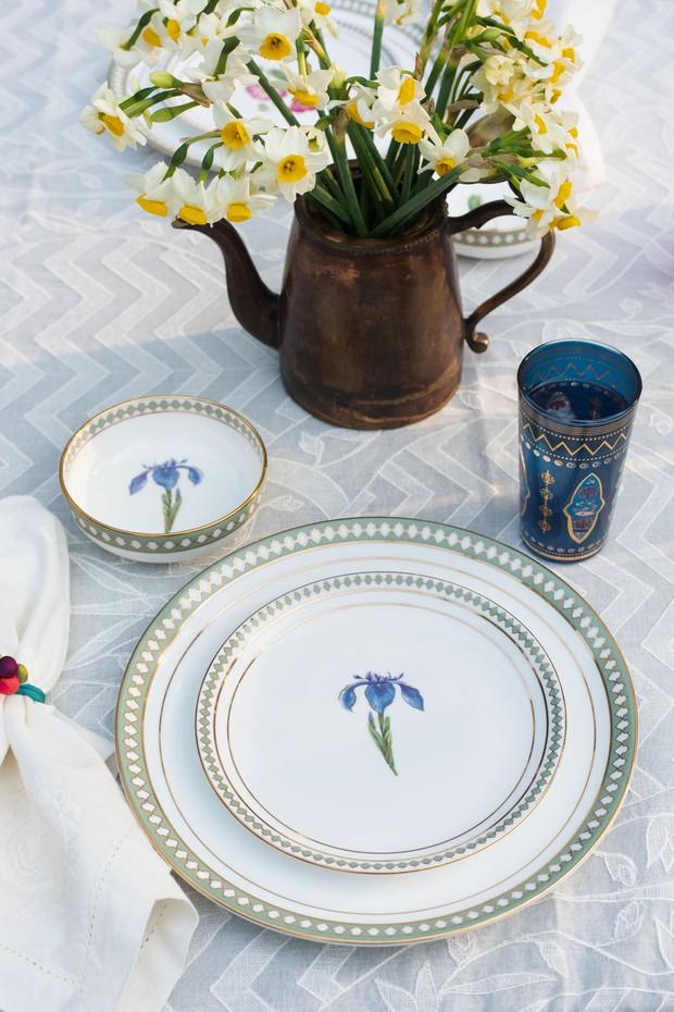 Wild Iris- 4 Plates